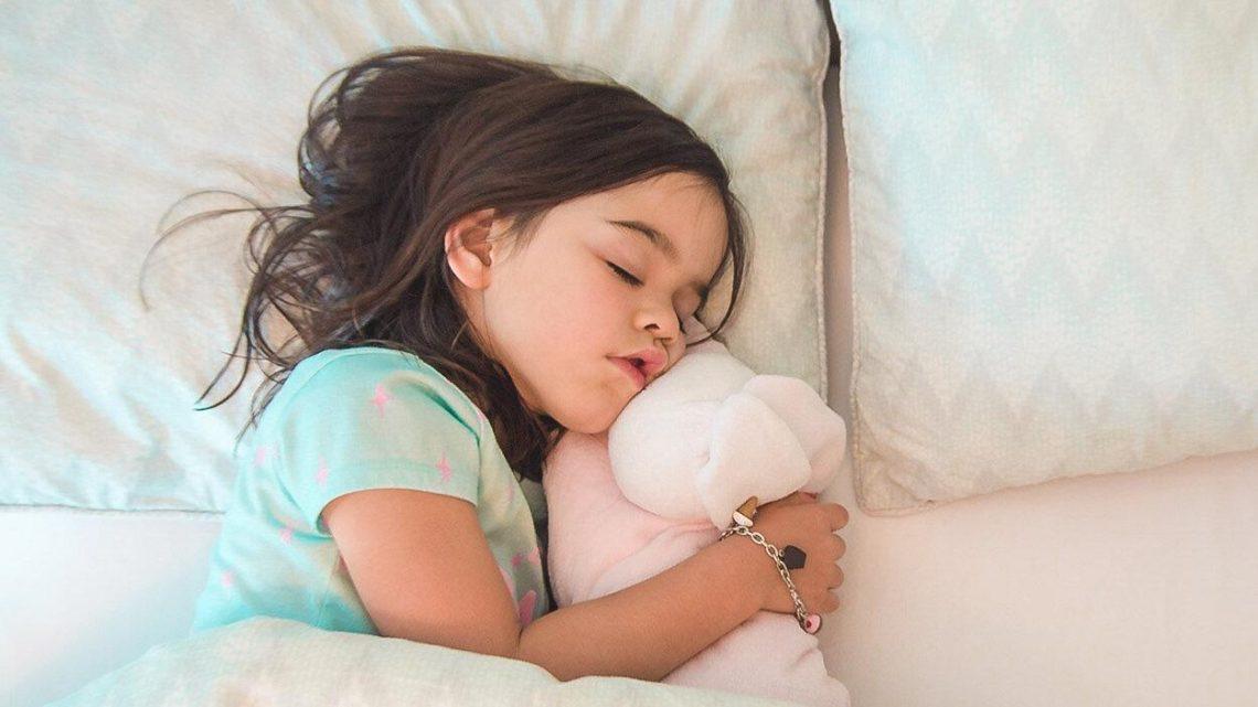 Comment apprendre à son enfant à dormir (enfin) seul ?