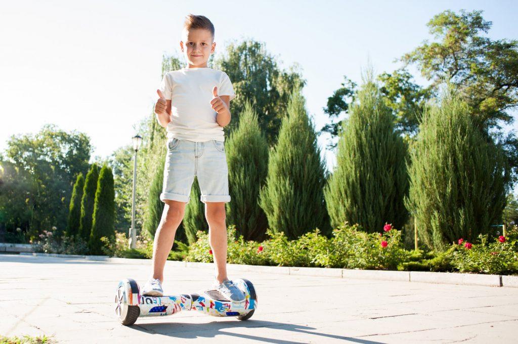 enfant-hoverboard